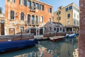 Spezier Design Venetian Studio