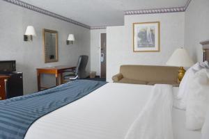 Travelodge by Wyndham Milwaukee, Отели  Милуоки - big - 36
