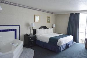 Travelodge by Wyndham Milwaukee, Отели  Милуоки - big - 33