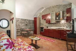Anna & Caterina House, Apartmány  Varenna - big - 10