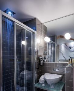 Apostrophe Hôtel, Hotely  Paříž - big - 20
