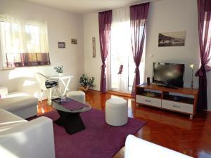 Apartments Mistral, Апартаменты  Мимице - big - 2