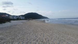 IDP204- APARTAMENTO DE 2 DORMITORIOS NO INGLESES, Ferienwohnungen  Florianópolis - big - 74