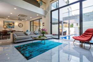 The Charming Pool Villa for Vacation nearby the Beach