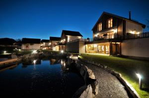 Chalets Petry Spa & Relax - Hotel - Bettel