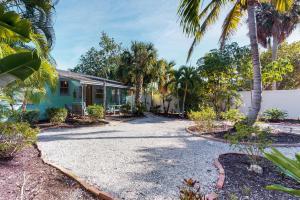Sea Palm Cottage - Ilexhurst