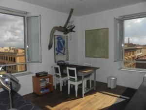 BEACHBAR Apartment in Rome - abcRoma.com