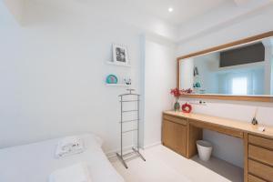 Thessaloniki Seaside Apartment A&B, Appartamenti  Salonicco - big - 10