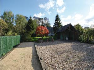 Three-Bedroom Holiday Home in La Chapelle Sur Dun, Nyaralók  La Chapelle-sur-Dun - big - 11