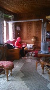 Sher I Kashmir houseboats, Hotels  Srinagar - big - 23