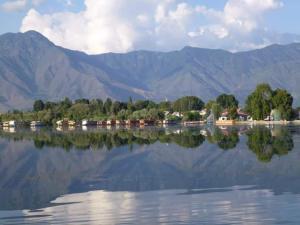 Sher I Kashmir houseboats, Szállodák  Szrínagar - big - 26