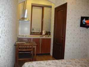 Comfortel ApartHotel, Aparthotels  Odessa - big - 74