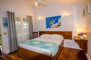 Pirate's Den Hotel, Hotely  Sandy Bay - big - 38