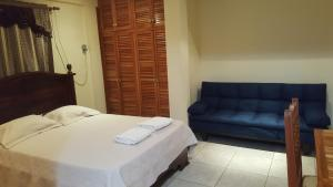 Basic Double Room Hostal Bocas Tropical Paradise