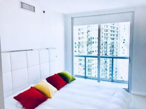 Amazing 2/2 In Iconic Hotel Residences With Spectacular Views, Apartmanok  Miami - big - 8