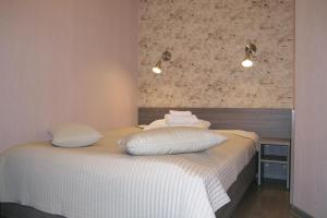 Гостевые комнаты Атмосфера на Большом 32