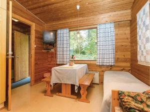 One-Bedroom Apartment in Pellosniemi, Appartamenti  Kyyrö - big - 14