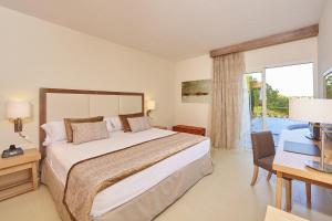 Blau Privilege PortoPetro Beach Resort & Spa (5 of 89)