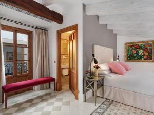 Hotel Glòria de Sant Jaume (7 of 63)