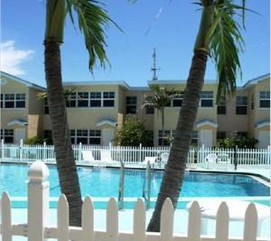 Barefoot Beach Resort, Курортные отели  Клируотер-Бич - big - 13