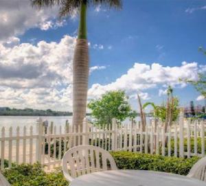 Barefoot Beach Resort, Курортные отели  Клируотер-Бич - big - 20