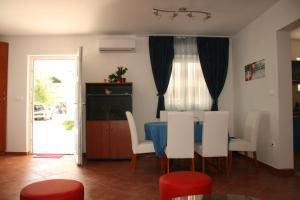 Apartments Mistral, Апартаменты  Мимице - big - 52