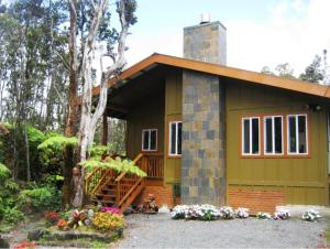 Volcano Singing Forest Cottage..