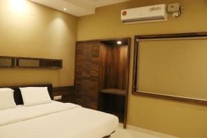 Paradise Exotica, Апартаменты  Чикмагалур - big - 71