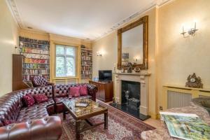 Classic luxury 2 bedrooms, sleeps 6, near Hyde Park - London