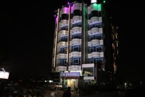 Bravia Hotel Lome, Szállodák  Lomé - big - 73