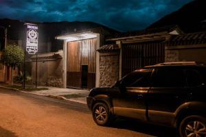 Hostal Los Laureles, Penziony  Calca - big - 63