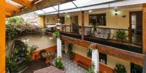 Hostal Los Laureles, Penziony  Calca - big - 45