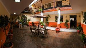 Hostal Los Laureles, Penziony  Calca - big - 43