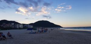 IDP204- APARTAMENTO DE 2 DORMITORIOS NO INGLESES, Ferienwohnungen  Florianópolis - big - 59