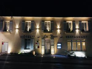 Hôtel Les Fleurs, Отели  Pontaubert - big - 33