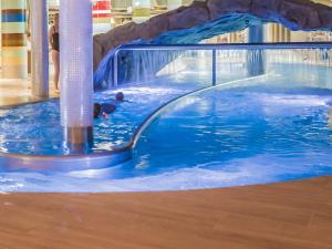 VacationClub - Aquamarina Apartment C-06
