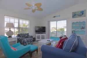 Sirena Del Mar Three Bedroom Villa - Holmes Beach