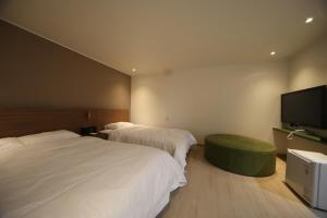 Soho Hotel, Hotely  Pusan - big - 23