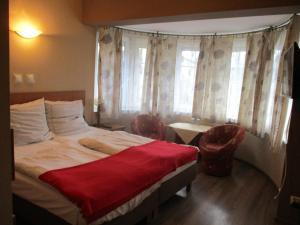 Hotel Pod Platanami