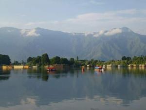 Sher I Kashmir houseboats, Szállodák  Szrínagar - big - 15