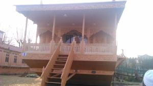 Sher I Kashmir houseboats, Hotels  Srinagar - big - 12