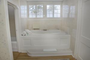 Bykenhulle House Bed and Breakfast - Accommodation - Hopewell Junction