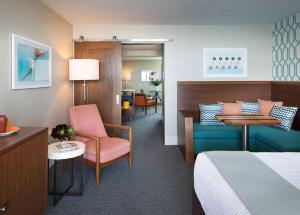 Santa Cruz Dream Inn (32 of 40)