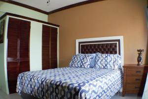 The Suite at Crystal Towers I - Liguanea