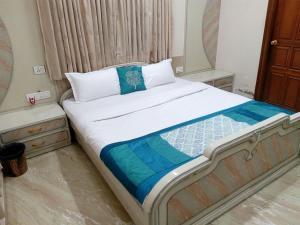 28, Paras Bunglows, Penziony  Ahmedabad - big - 1