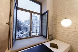 Roomburg Apartments