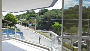 Lindo Apartamento de 3 Suites próximo ao Mar, Apartmány  Bombinhas - big - 19