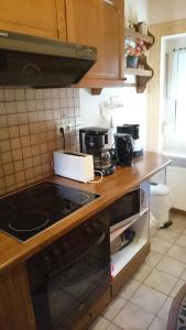 Ferienhaus Klabautermann, Apartments  Hage - big - 23