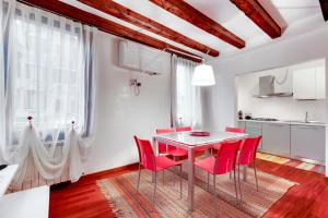 Apartment Biennale - AbcAlberghi.com