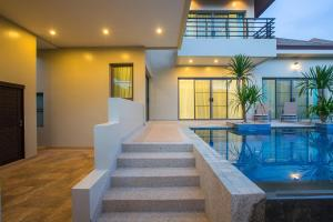 obrázek - Villa Solor by Tropiclook: Shanti Style Nai Harn
